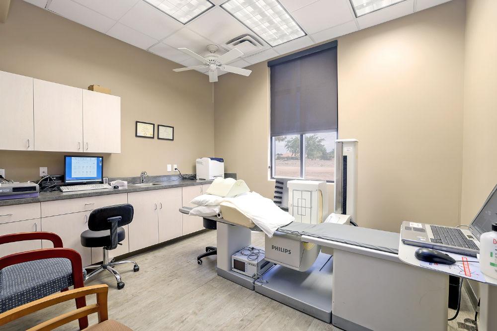 Lifetime Heart & Vascular - Examination Room